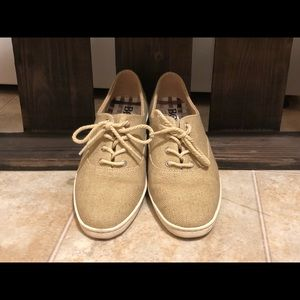 Born Sneakers, Size 8